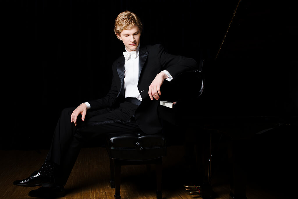 Jan Lisiecki (Photo: Bo Huang)
