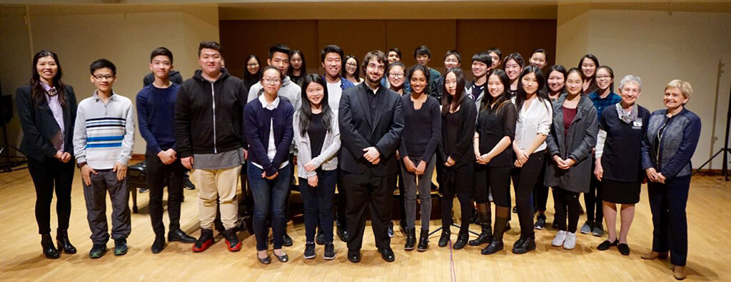 Charles Richard-Hamelin with school group (Photo: Courtesy Women's Musical Club of Toronto