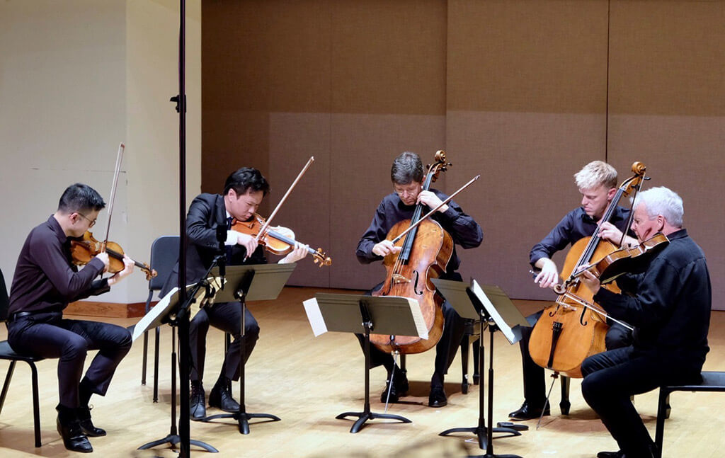 Andrew Wan, Nikki Chooi, Desmond Hoebig, Joseph Johnson and Steven Dann perform in String Extravaganza at Toronto Summer Music (Photo: Gord Fulton)
