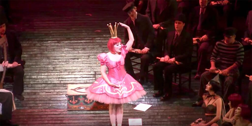 Rachele Gilmore in Les oiseaux dans la charmille at the Metropolitan Opera. (Youtube screenshot)