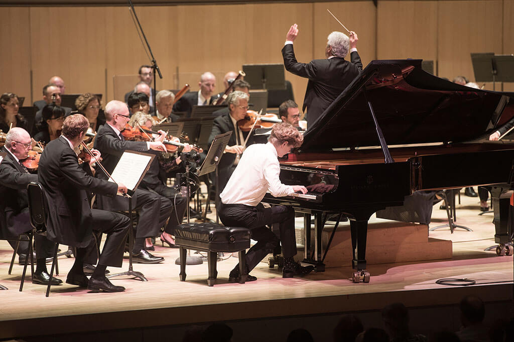 Jan Lisiecki and Peter Oundjian re-enact the controversial 1962 performance by Glenn Gould and Leonard Bernstein of Brahms D minor Concerto (Photo: Jag Gundu)