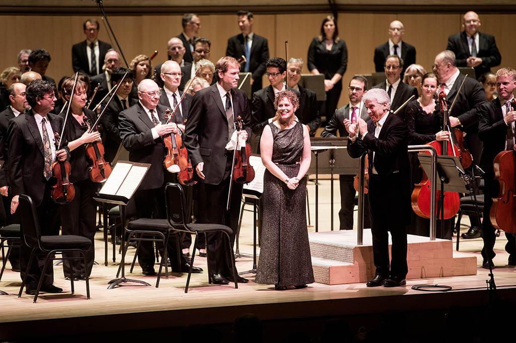 Jonathan Crow, Kelly-Marie Murphy, Peter Oundjian (Photo: Jag Gundu)