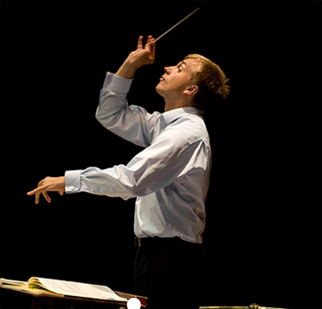 Vasily Petrenko (Photo: IMG Artists)