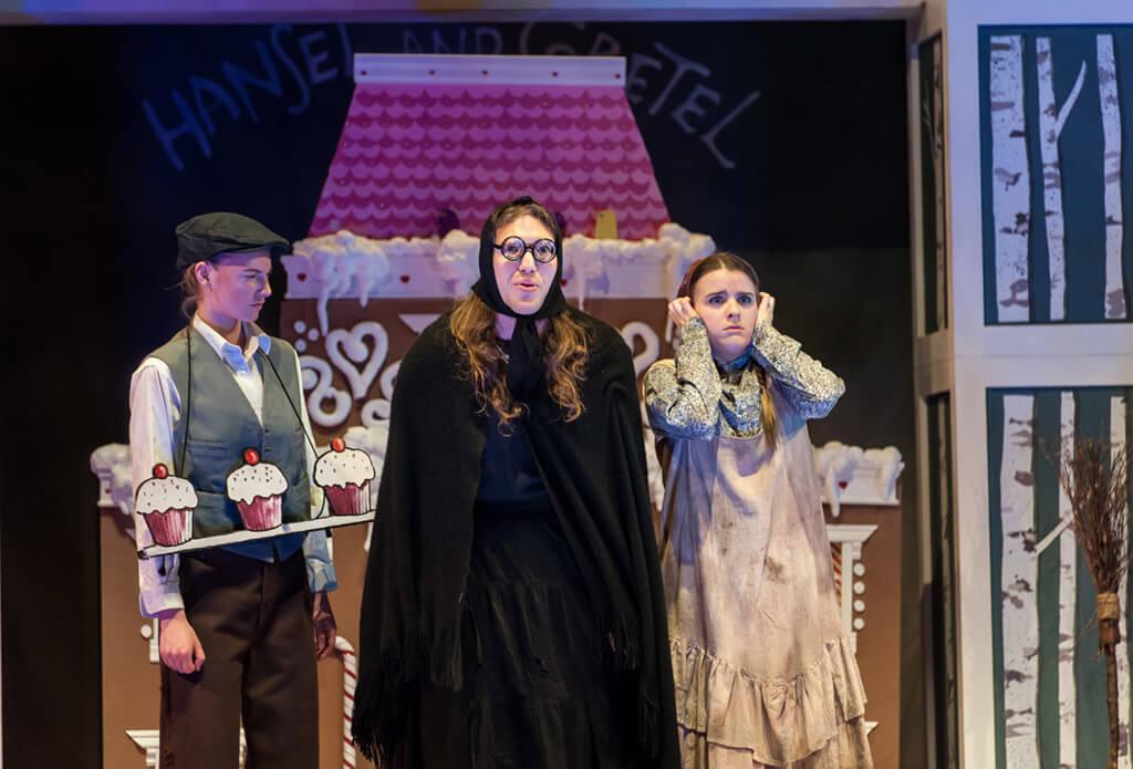 Kendra Dyck (Gretel), Rachel Miller (Hansel), Kjel Erickson (Witch) (Photo: Lisa Sakulensky)