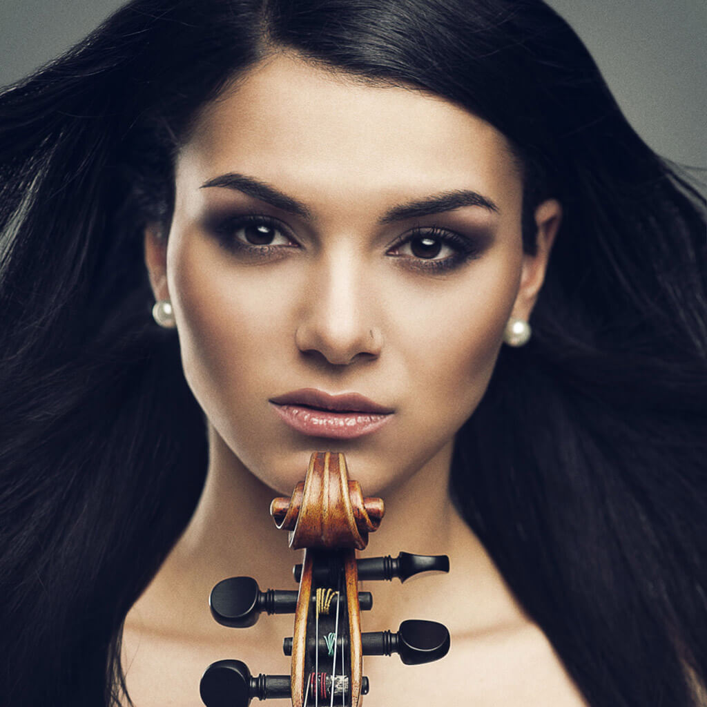 Rising young violinist Nuné Melik launches her first album: Hidden Treasure (Photo: Jan Osipyan)
