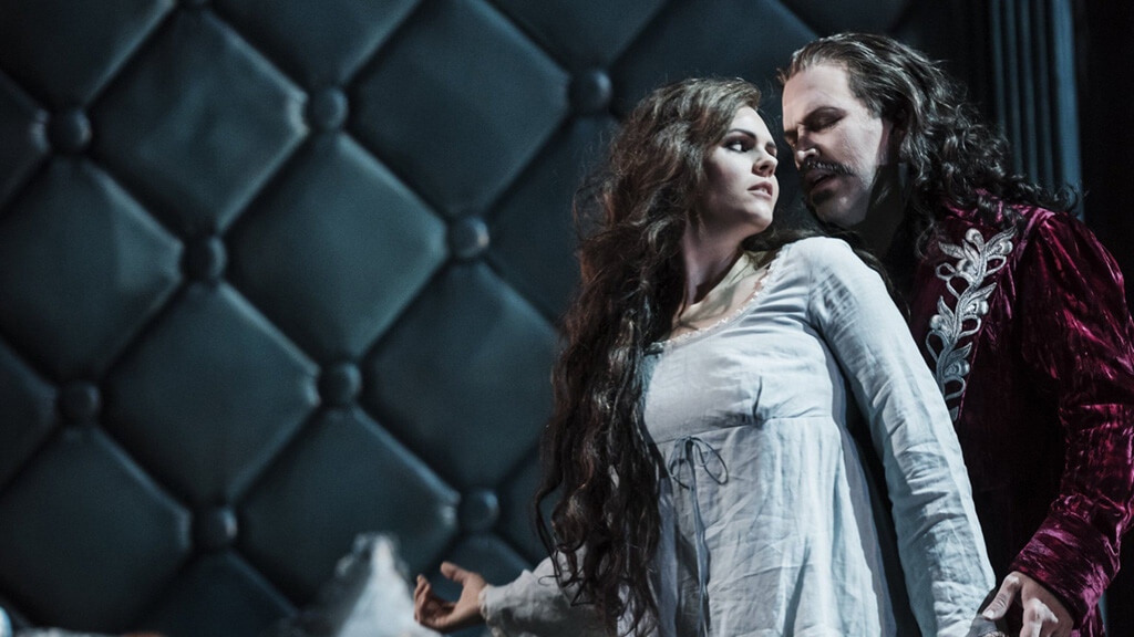 Dracula has a world premiere at the Royal Opera. In the picture: Ola Eliasson like Dracula and Elisabeth Meyer as Minna.