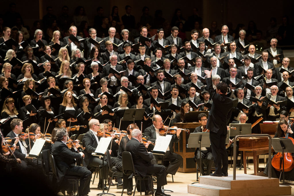 Toronto Mendelssohn Choir, Matthew Halls, TSO (Photo: Jag Gundu)