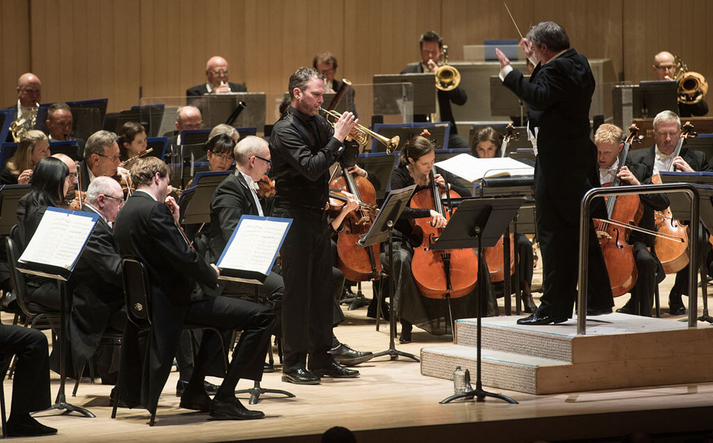 Toronto Symphony Orchestra with John Storgårds (conductor) and Andrew McCandless (soloist) (Photo: Jag Gundu)
