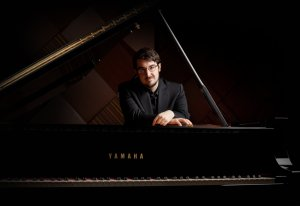 Charles Richard-Hamelin Photo: Yamaha Japan)