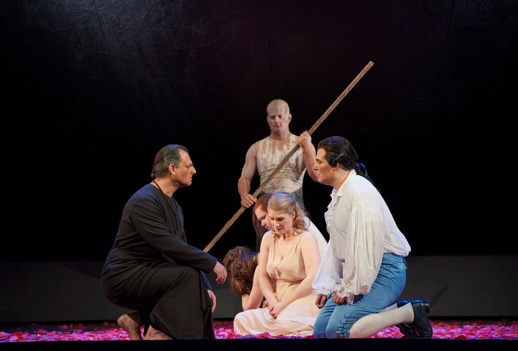 Raphael Weinstock as Bassa Selim, Jane Archibald as Konstanze and Mauro Peter as Belmonte; Claire de Sévigné as Blonde and Owen McCausland as Pedrillo (Photo: Michael Cooper)
