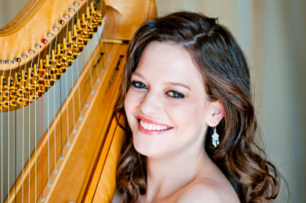 Toronto Symphony Orchestra's Principal Harp, Heidi Van Hoesen Gorton( Photo: Karol DuClos)