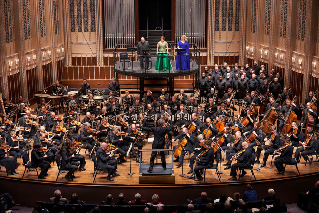 The Cleveland Orchestra with Franz Welser-Möst, conductor (Photo: Roger Mastroianni)