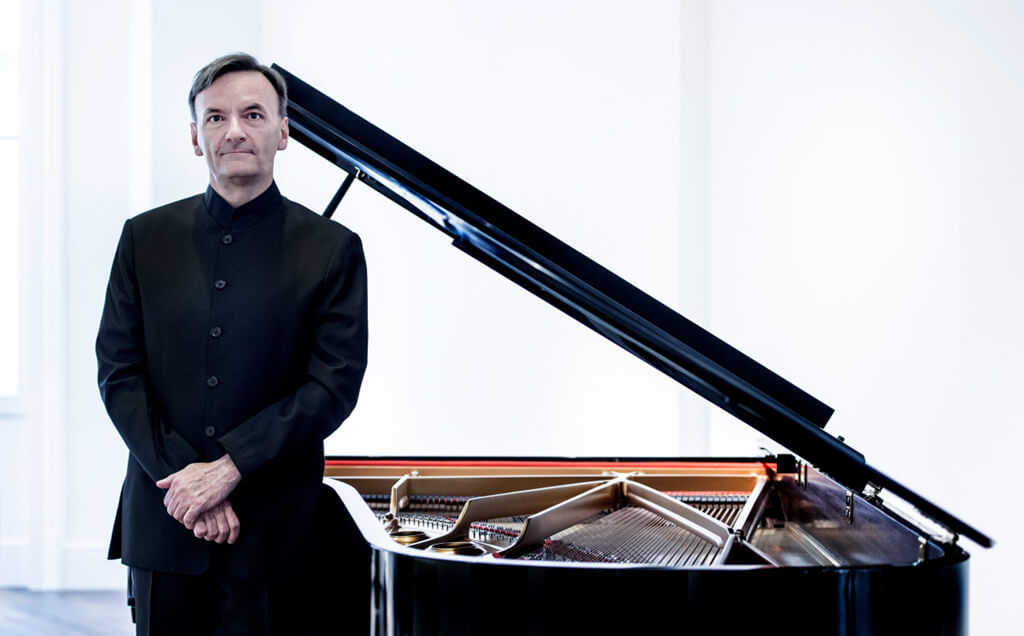 Pianist, poet, and painter Stephen Hough. (Photo: Sim Canetty-Clarke)
