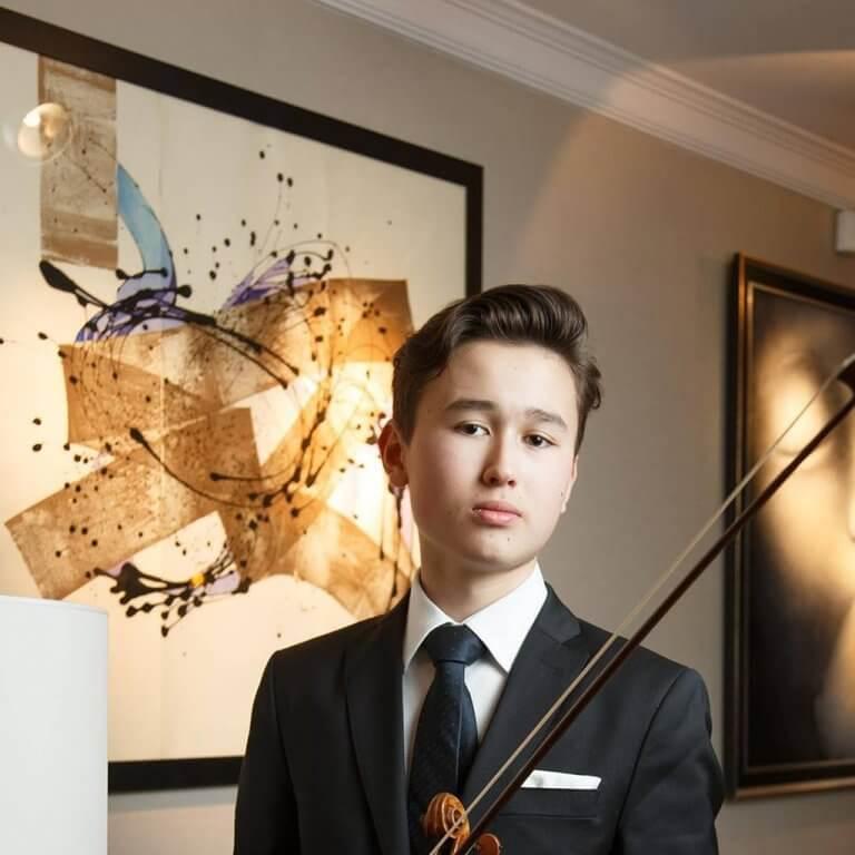 Daniel Lozakovich (Photo: Sergey Andreev)