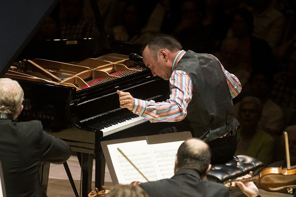 Jon Kimura Parker plays Gershwin Concerto in F (Photo: Jag Gundu)
