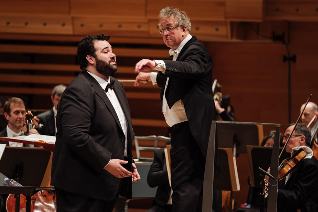 CMIM 2018, Andrew Haji sings with Orchestre symphonique de Montreal, conductor: Graeme Jenkins (Photo: Tam Lan Truong)
