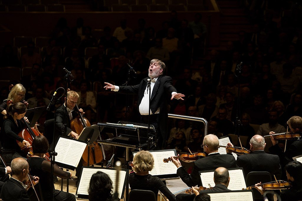 Sir Andrew Davis conducts Berlioz (Photo: Jag Gundu)