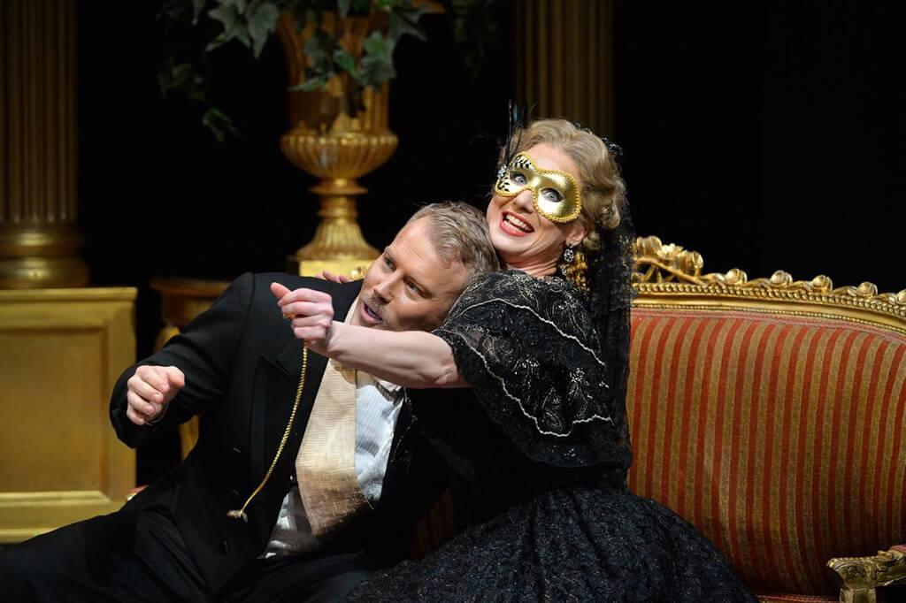 Toronto Operetta Theatre, Die Fledermaus
