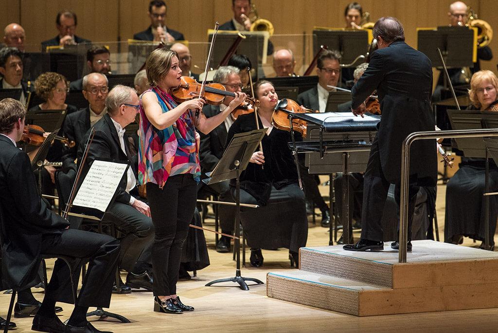 Leila Josefowicz, Ludovic Morlot (Photo: Nick Wons)