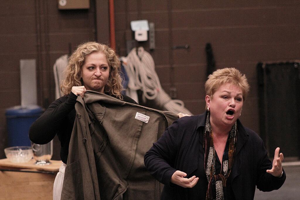 COC Elektra rehearsal: Susan Bullock (Klytaemnestra) and Christine Goerke (Elektra). (Photo: Taylor Long)