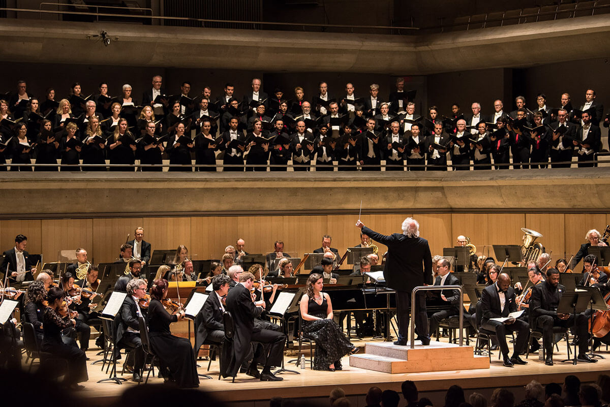 Toronto Mendelssohn Choir, Toronto Symphony Orchestra, with conductor Donald Runnicles