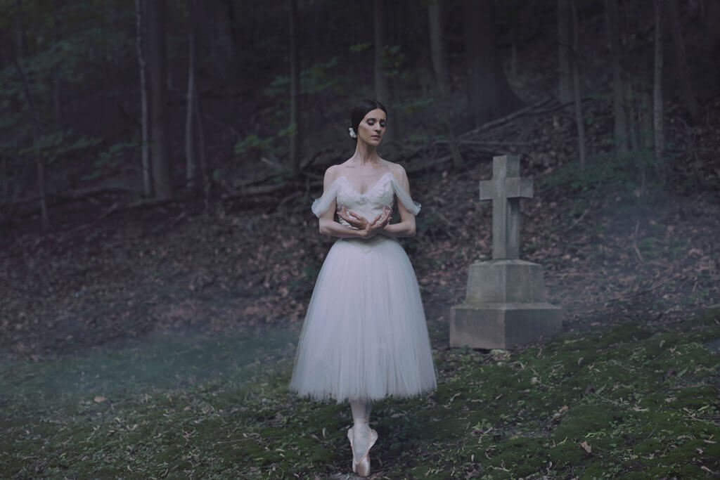 Greta Hodgkinson in Giselle