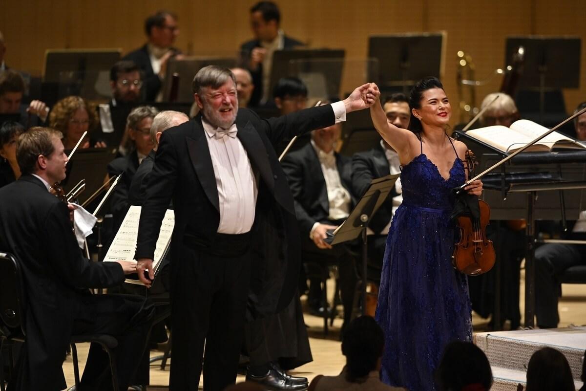 Sir Andrew Davis with soloist Karen Gomyo