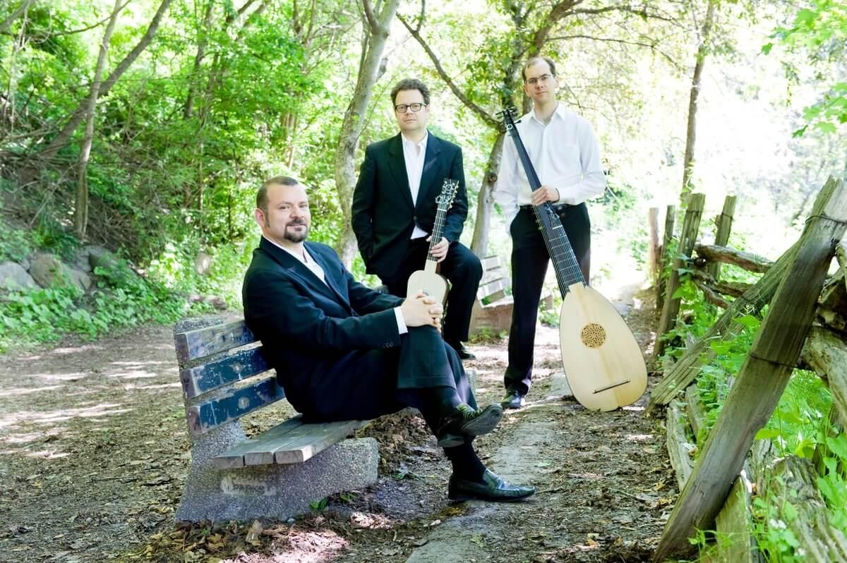 Vesuvius Ensemble L to R: Lucas Harris, Francesco Pellegrino, Marco Cera