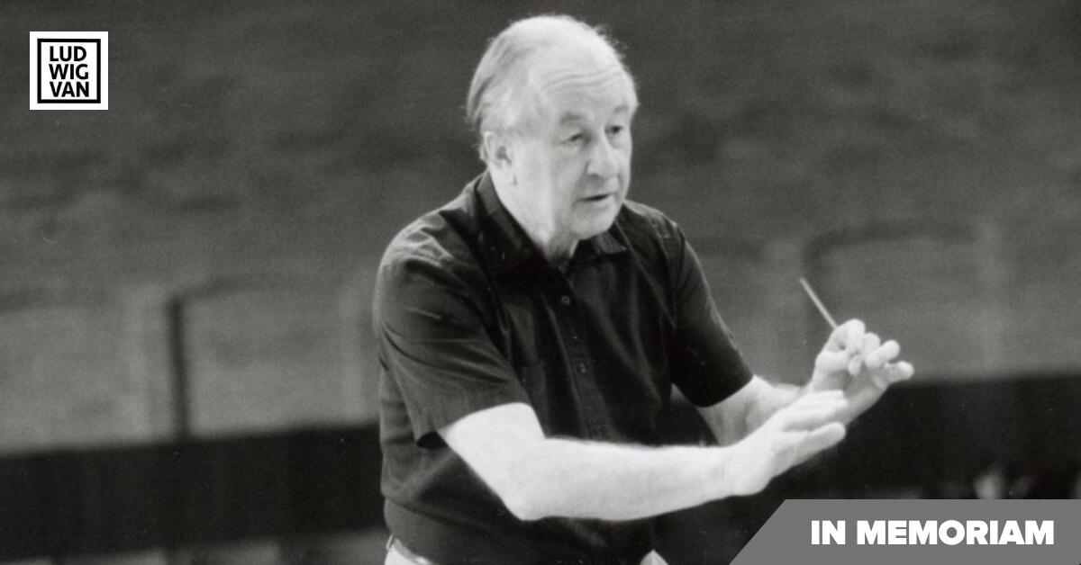 Conductor Simon Streatfeild