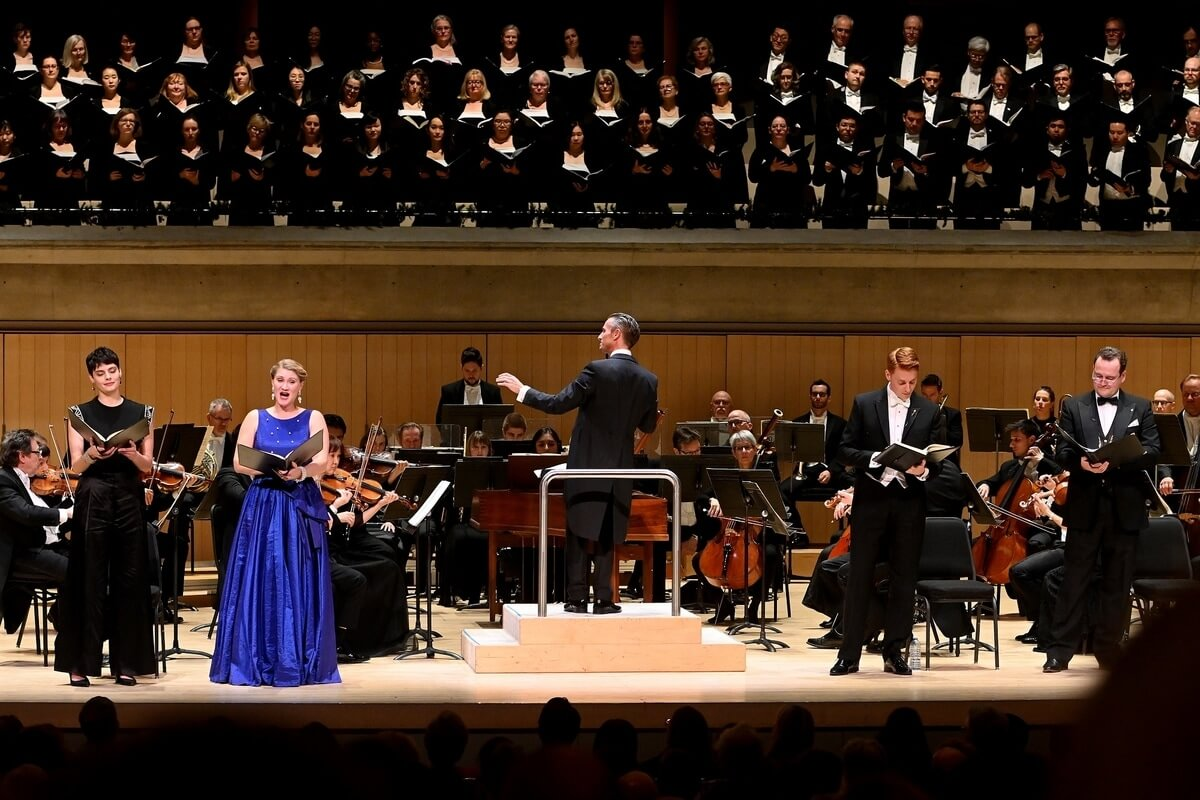 Soloists and the Toronto Symphony Orchestra in 'Messiah'