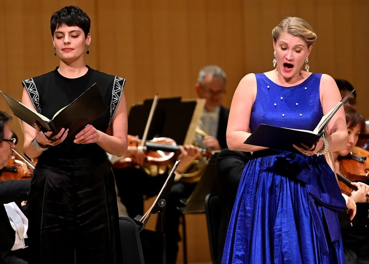Soloists Emily D'Angelo and Jane Archibald (l-r) perform 'The Messiah' with the Toronto Symphony Orchestra