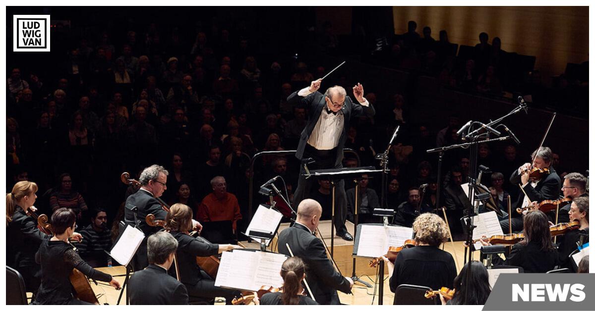 Conductor Alex Pauk and Esprit Orchestra