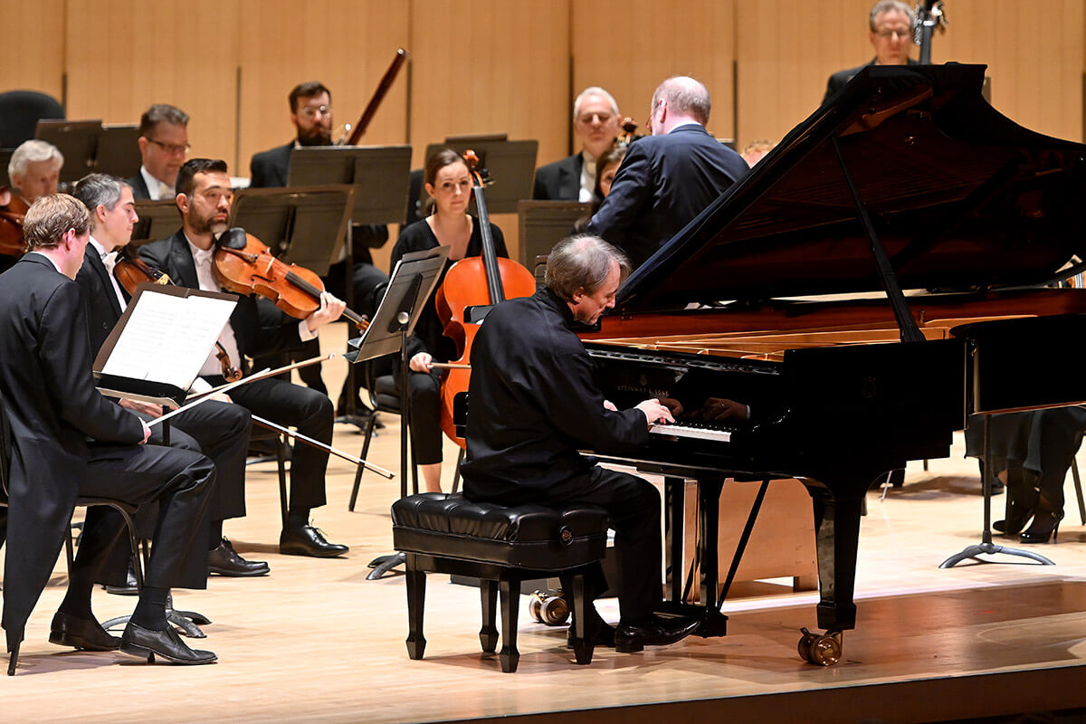 The Toronto Symphony Orchestra with Bernard Labadie (conductor) and Jean-Efflam Bavouzet (piano).