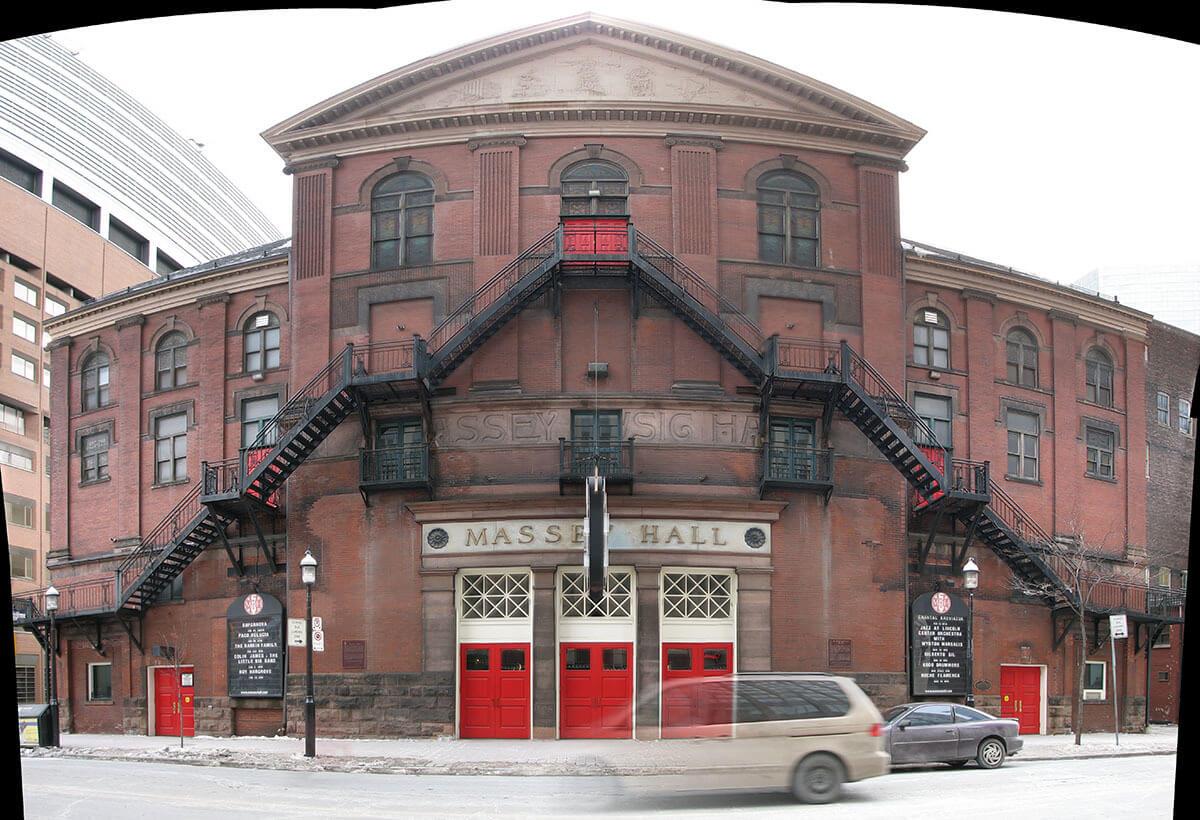 Massey Hall (Photo : Ian Muttoo)