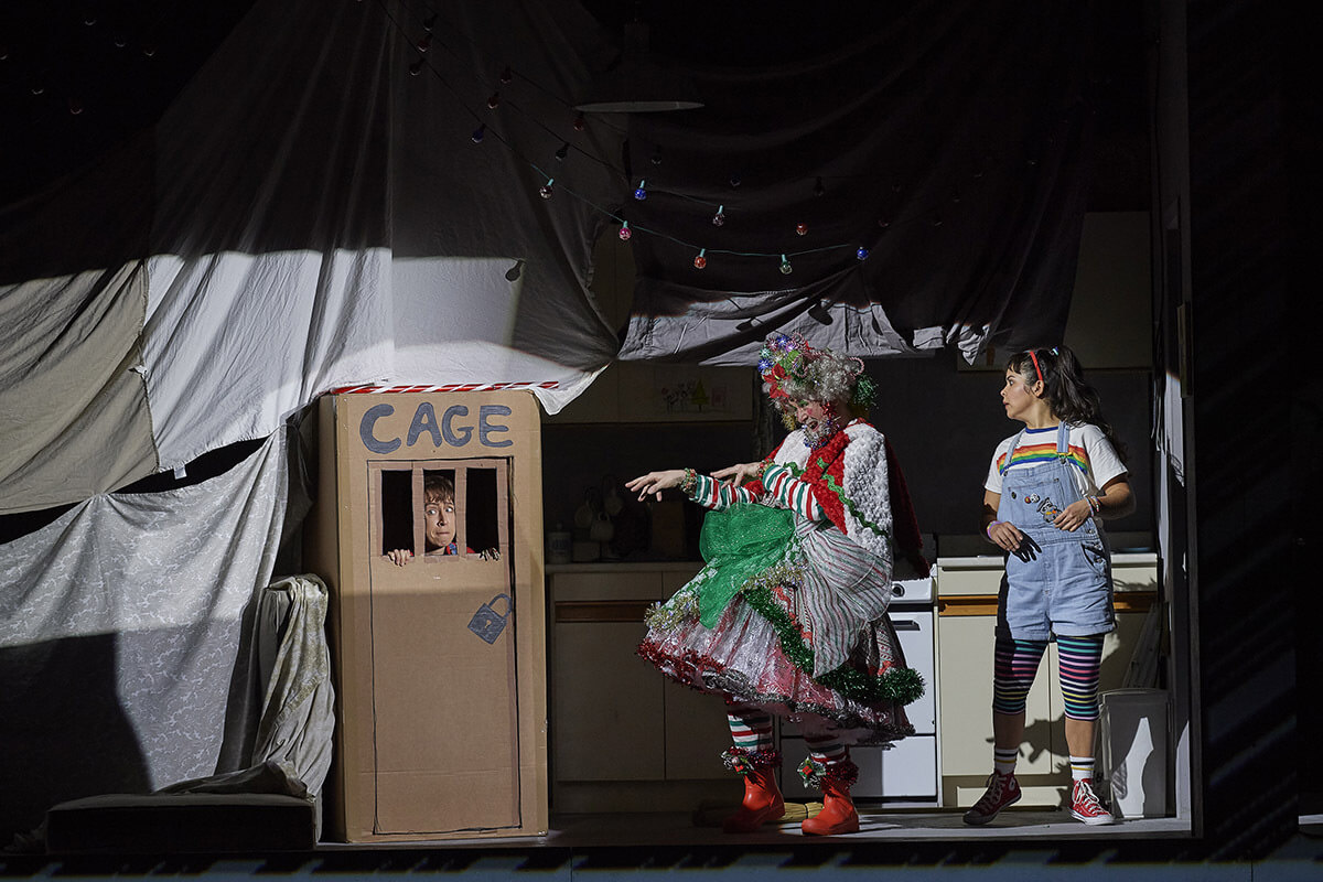 (l-r) Emily Fons as Hansel, Michael Colvin as The Witch and Simone Osborne as Gretel. (Photo: Michael Cooper)