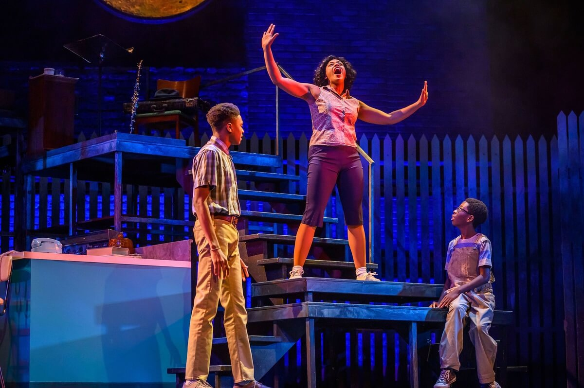 Moses Aidoo, Vanessa Sears, and Micah Mensah-Jatoe in 'Caroline, or Change' (Photo : Dahlia Katz)