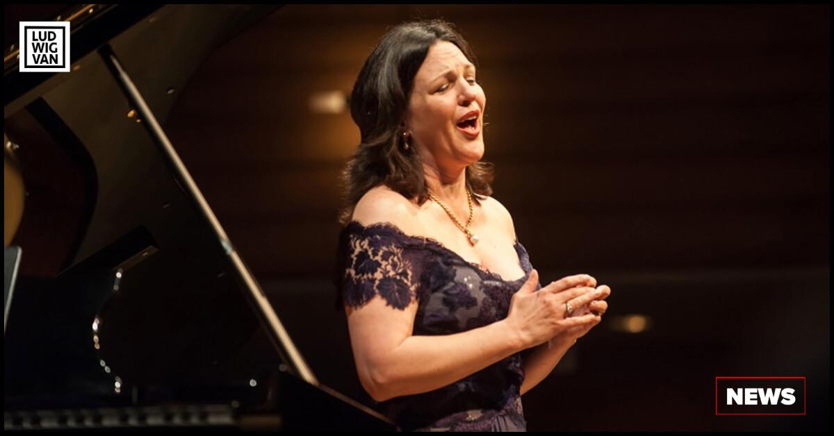 Soprano Adrianne Pieczonka (Photo: Lisa Sakulensky)